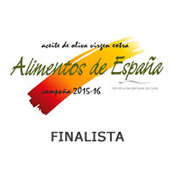"Premio Alimentos de España Mejor Aceite de Oliva Virgen Extra 2015/16. MAPAMA. Finalist in the ""Sweet Fruity"" category""."